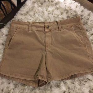 American Eagle midi shorts in size 8